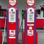 Glacier_Bay_gas_station