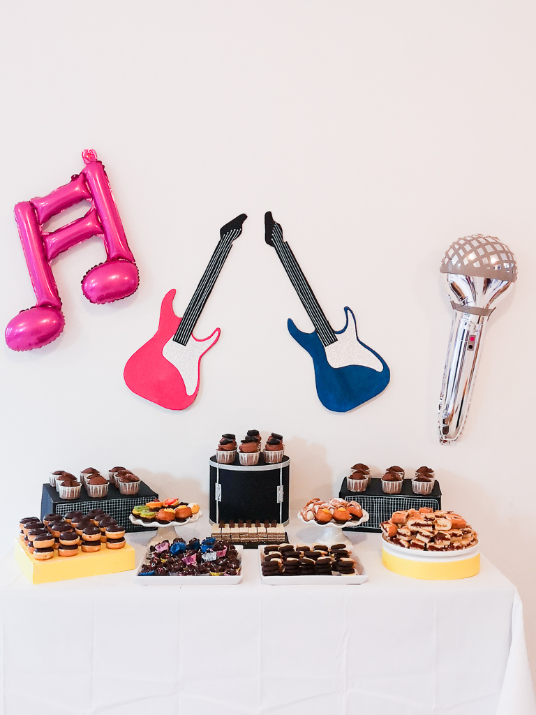 music party_sweet_table