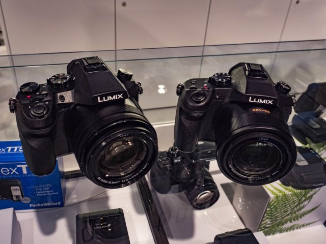 The FZ2000 on the left is very similar in form to the existing FZ1000 (also the Leica V-Lux). The 1000 has the lens aperture range visible on top of the lens when retracted. On the 2000, the lens markings appear only when the lens is extended. This is the quickest way to tell the two models apart.