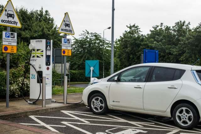 The fast-charging facility on Nissan Leafs and many other EVs ensures an 80% battery top-up in 30 minutes. But there is still angst about range and the possibility of finding a working charger than is vacant