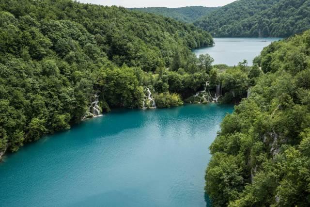 01 50+ shades of green. Plitvice lakes, Croatia. Summarit-M 35/2.4 1/400 sec, f/5.6, ISO 100 - Leica SL (Image ©Jörg-Peter Rau)