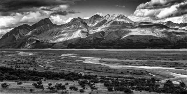 Mount Cook Highway, South Island, New Zealand (Leica SL with Vario Elmarit 24-90mm)