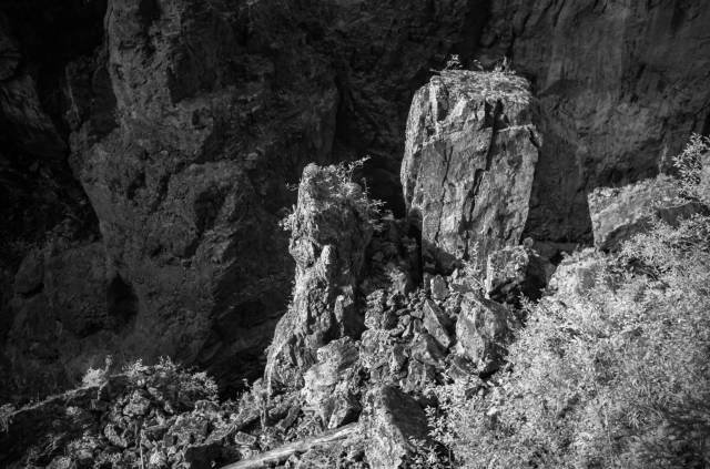 Rockfall, Breitach-Klamm. Leica M10-M with 35mm Summilux-M, 1/125s, f/2.8, ISO 6400, infraref filter 715
