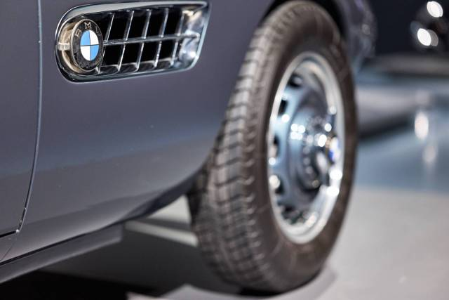 Beautiful air intake on the BMW 3.0 CS [Leica SL, 75mm Summicron SL]