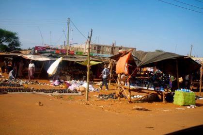 Ein Markt auf dem Land, hygienische Zustände gewoehnungsbeduerftig