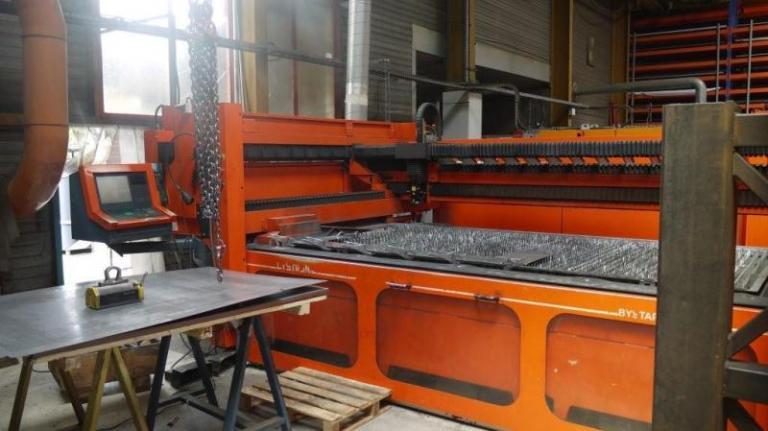taglio laser Bystronic Bystar-3015 3000W usato in vendita