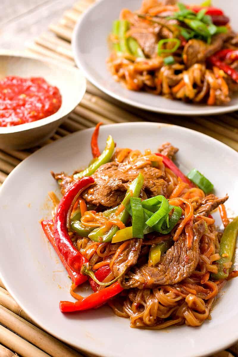 Beef Szechuan Noodles Recipe - SPICY ~ Macheesmo