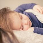 夜間断乳大成功!おっぱいが欠かせなかった子がたった10日で寝られるようになるまで