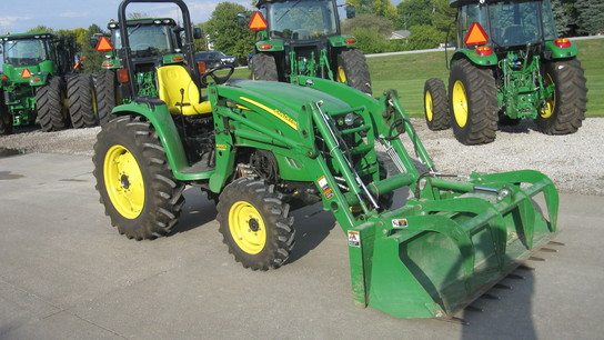 John Deere 563 Grapple Bucket