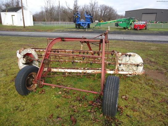 1985 International Harvester 16 Hay Equipment - Handling ...