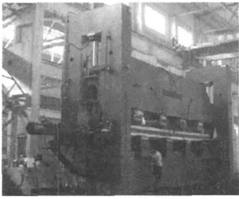 Fig. 4 CDW11TNC-32×13500 marine three-roll bending machine