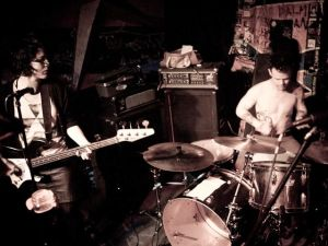 forgetters playing at Le Voyeur (Olympia, WA), photo by Ryan Richardson