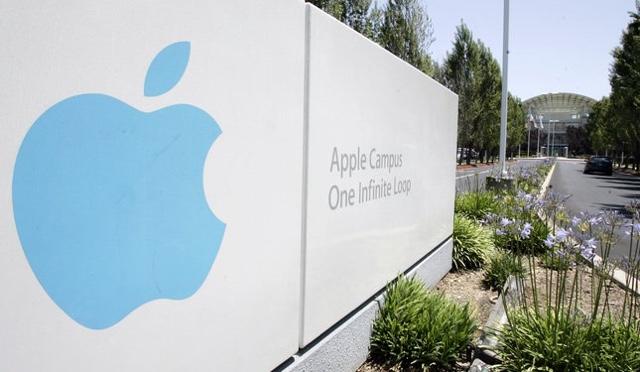 cupertino apple campus calano le vendite di iPhone Risultati fiscali Apple