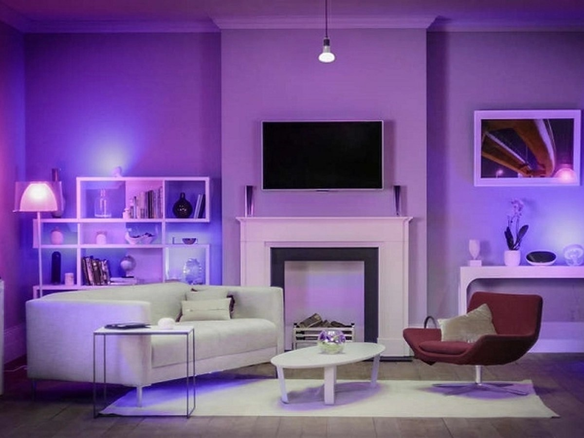 Philips Hue in offerta Prime Day su Amazon: lampade, strisce LED e plafoniere