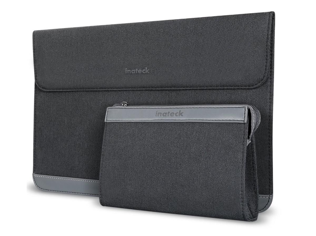 Astuccio per MacBook Pro e iPad Pro, funge anche da stand: solo 10,19 euro