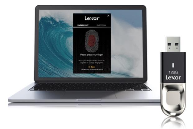 Lexar JumpDrive Fingerprint F35, la chiavetta USB si sblocca con 10 dita