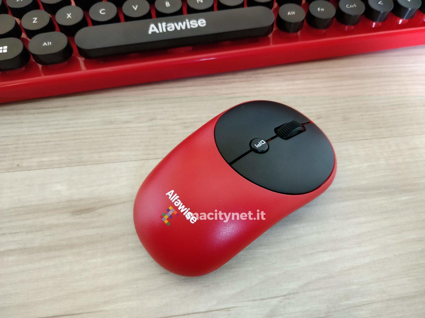 Recensione Alfawise K800, la tastiera vintage che sembra una macchina da scrivere