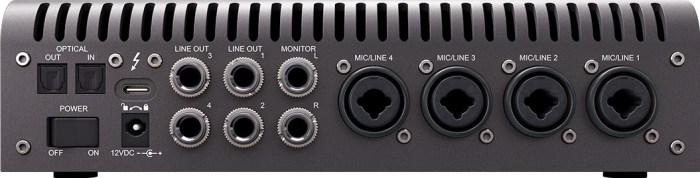 Universal Audio Apollo x4 - rear ports