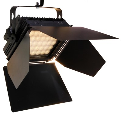 macoleds-panel-68-floodlight-4-leaf-barndoor