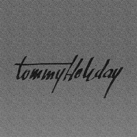 tumblr mncmnxlPSg1rn0mluo1 500 Tommy Holiday