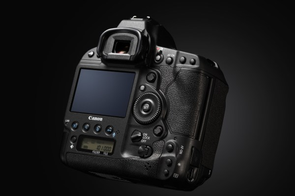 EOS-1D X Mark II Back