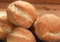 Pan caserito cebolla y amapola