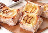 Ventanita de hojaldre con crema pastelera y manzana
