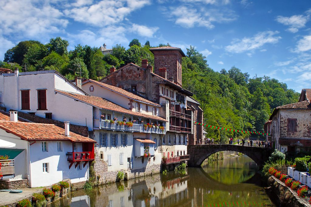 Adventure of the week camino le puy way blog macs - St jean pied de port to santiago distance ...
