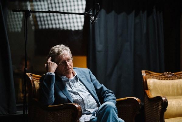 Kern András (Buddy hangja) interjú közben. - Fotó: Szemerey Bence