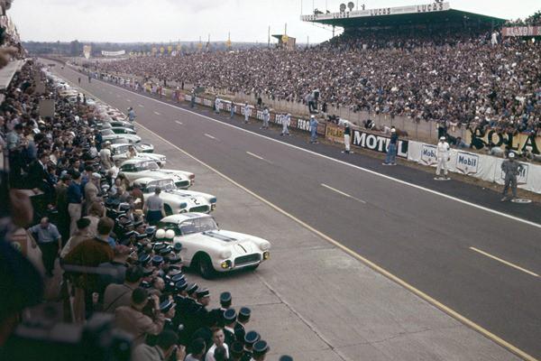 1960 Corvettes at Le Mans