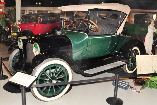 1916 Studebaker SF-Four Roadster