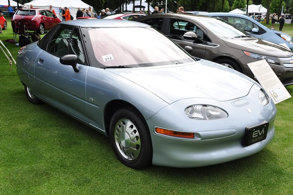 1996 GM EV1 GM Heritage Collection