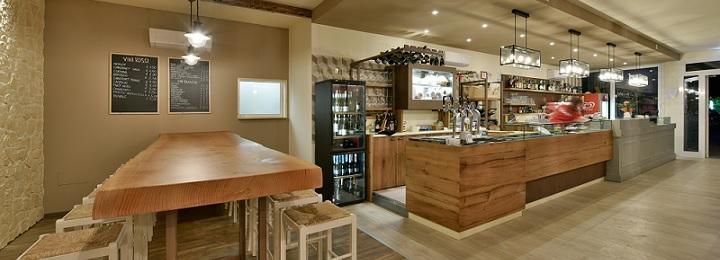 Da un arredamento caffetteria minimale, a un arredamento bar moderno o un. Arredo Bar Moderno Le Ultime Tendenze Arredo Bar Maculan