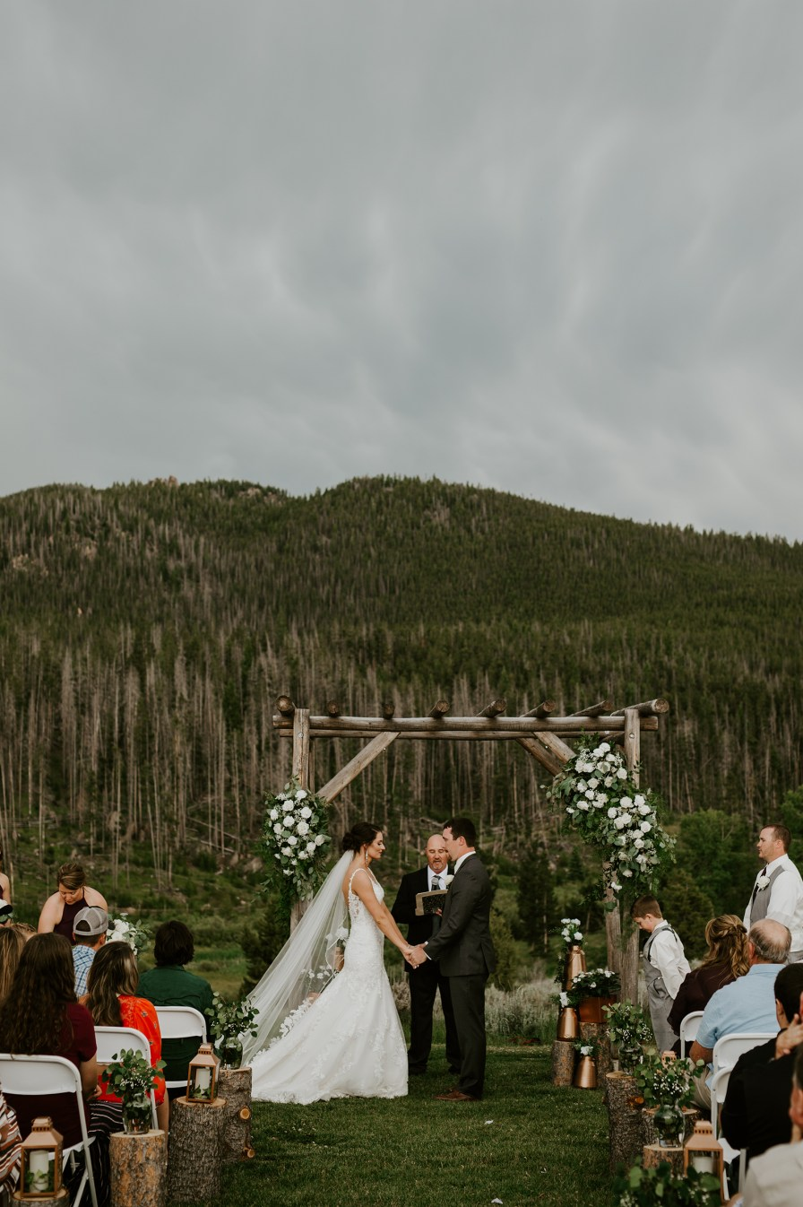 wedding at Homestake Lodge in Butte montana