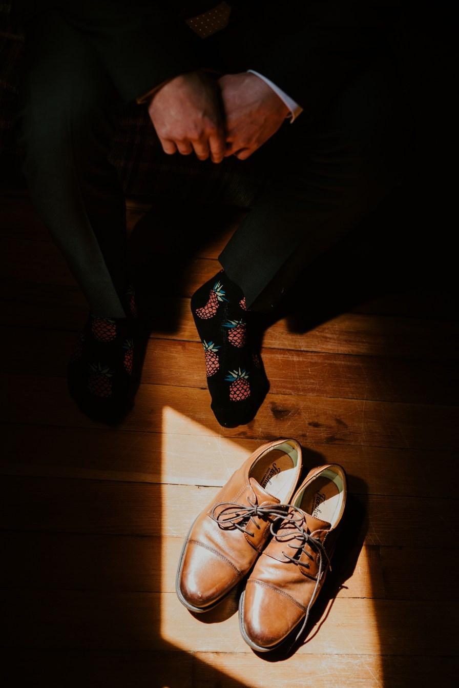 groom shoe detail shot