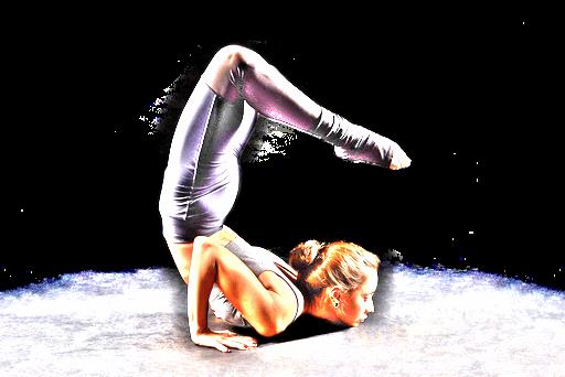 horoscope scorpion femme souple position gymnastique astro madinlove