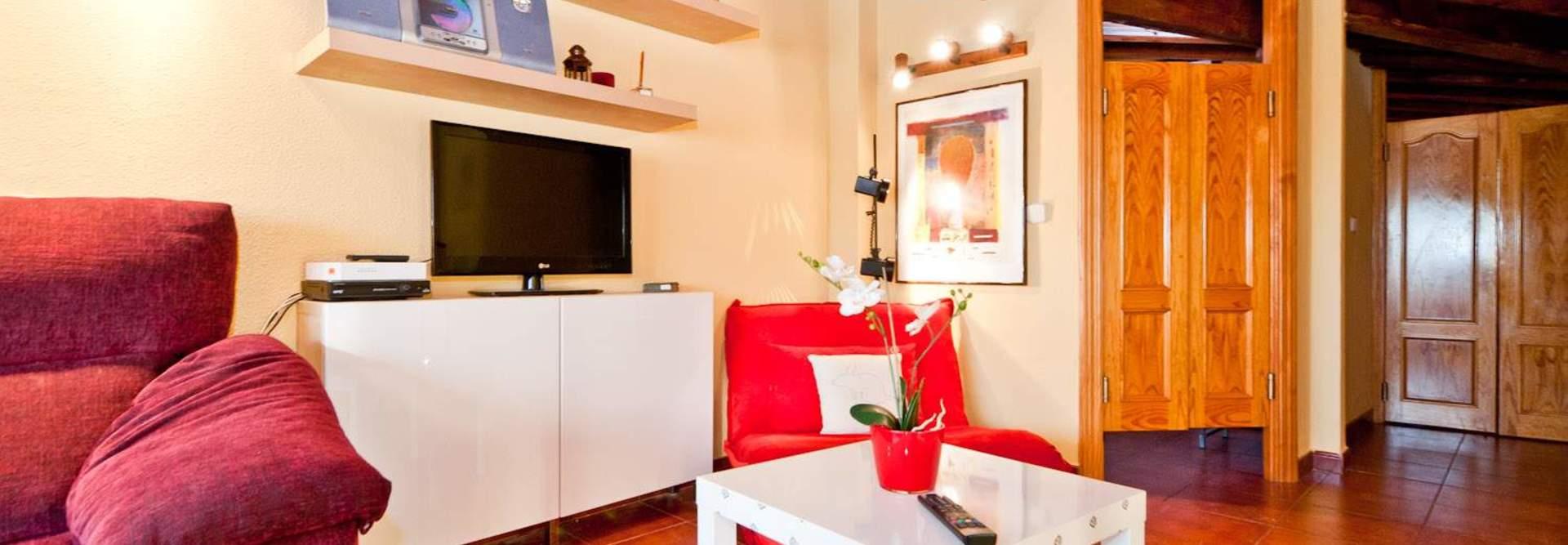 All apartments and studios at apartamentos madrid come with a kitchen area, equipped with a washing machine, hob, fridge and microwave. PRECIADOS ATICO - Alquiler de apartamento en centro Madrid
