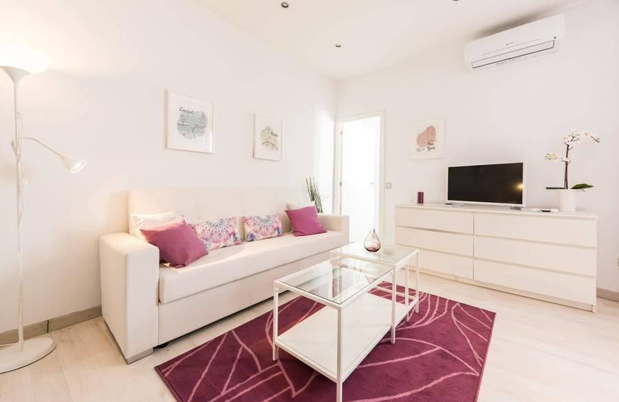 All apartments and studios at apartamentos madrid come with a kitchen area, equipped with a washing machine, hob, fridge and microwave. CANAL I - Alquiler de apartamento en centro Madrid