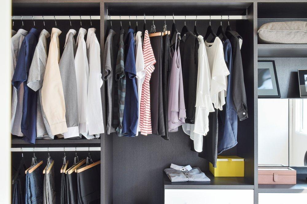6 τρόποι να μυρίζουν τα ρούχα της ντουλάπας σου όμορφα