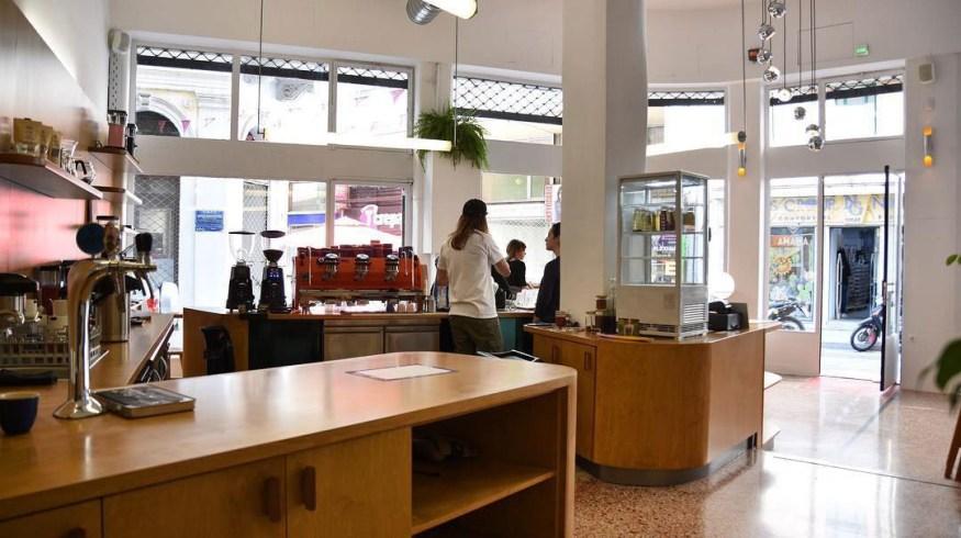 Το ANÄNA στην οδό Πραξιτέλους θα μπορούσε να είναι ένα βερολινέζικο καφέ
