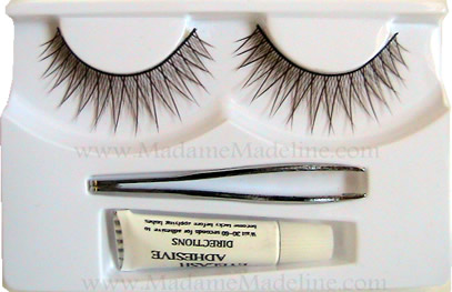 Japonesque: Best False Lashes for Oomph Look