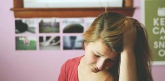 内向的な人の脳内では何が起こっているのか?外交的な人との違い