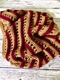 the touch of fall crochet cowl