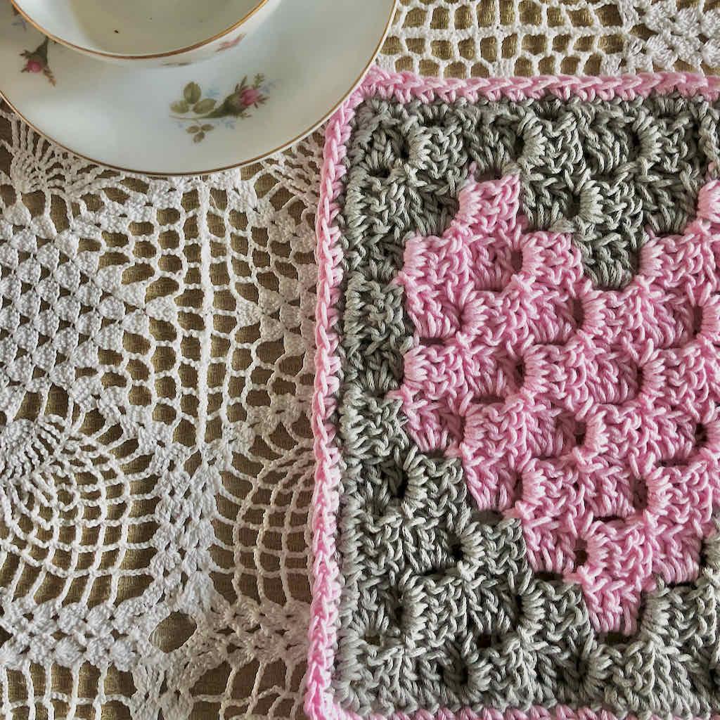 C2C heart washcloth free pattern