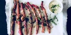 Grillede rabarber med bacon