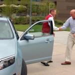 El CEO de Ford le regala un Ford Fusion Hybrid a Steve Ballmer