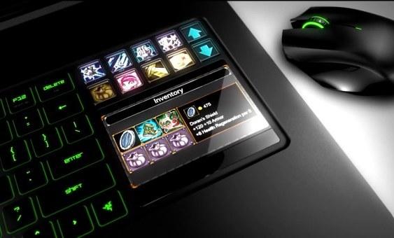 """Le roban a Razer 2 portátiles gamer """"Razer Blade"""", avaluados en cerca de US$2.800 c/u"""