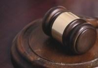Mujer china sentenciada a 10 años de cárcel por robar un teléfono móvil logra reabrir el caso