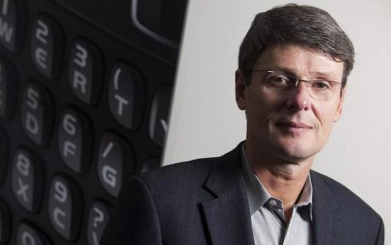 Renuncian los Directores Ejecutivos de RIM y nombran a nuevo CEO
