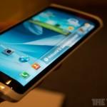 """CES2013: Samsung mostró prototipo de """"Smartphone"""" OLED Flexible"""